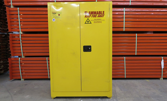 SCRATCH & DENT FLAMMABLE CABINETS